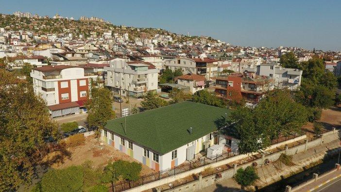 kepez-belediyesi-4uncu-kresini-erenkoy-mahallesine-kazandirdi-yapimi-tamamlanan-kres-ic-tefrisatinin-duzenlenmesinden-sonra-2021-yilinin-ocak-ayinda-egitime-acilacak-001.jpg