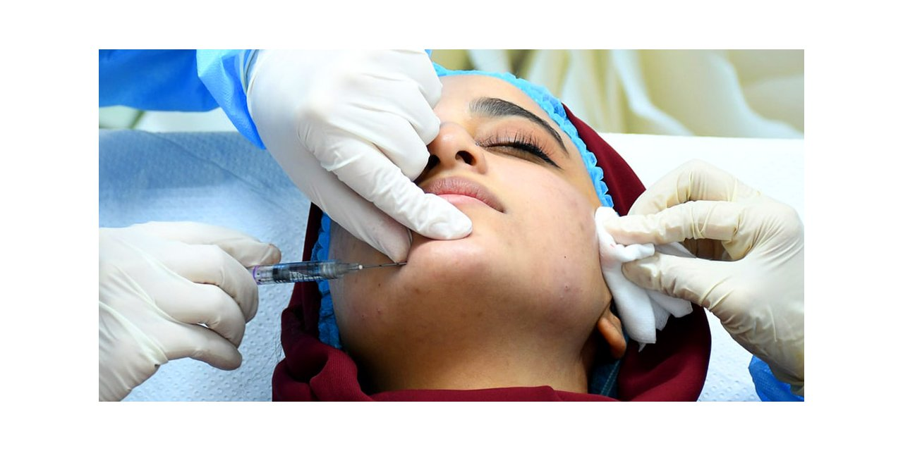 dermatoloji-uzmani-dr-seda-erdogan-covid-19-salginina-karsi-gelistirilen-alman-ve-cin-asilarindan-abdde-001.jpg